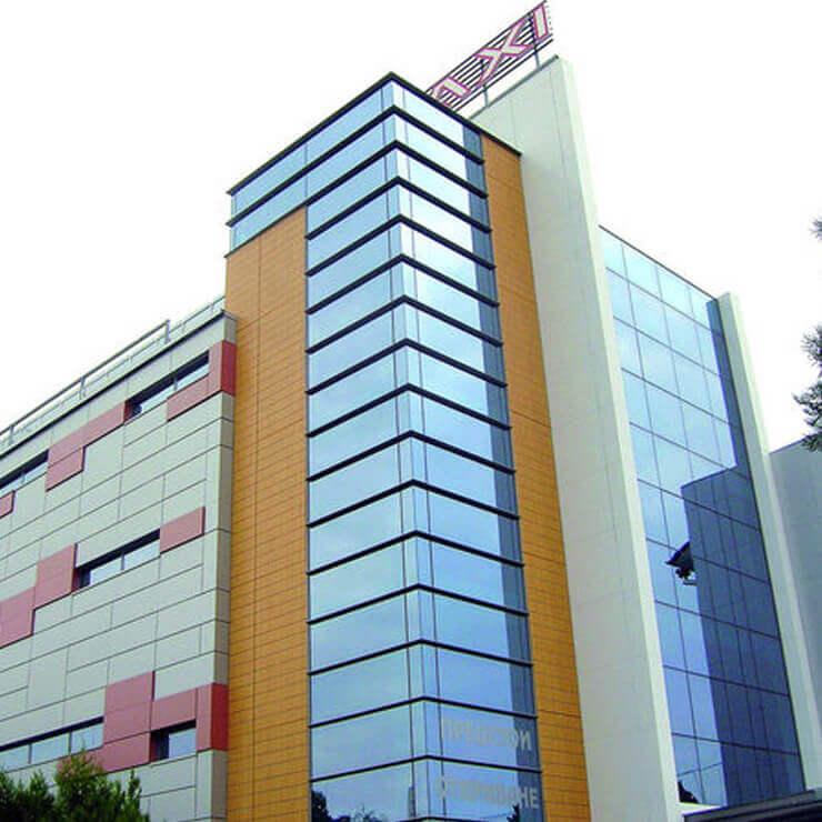 Търговски център Макси - 1