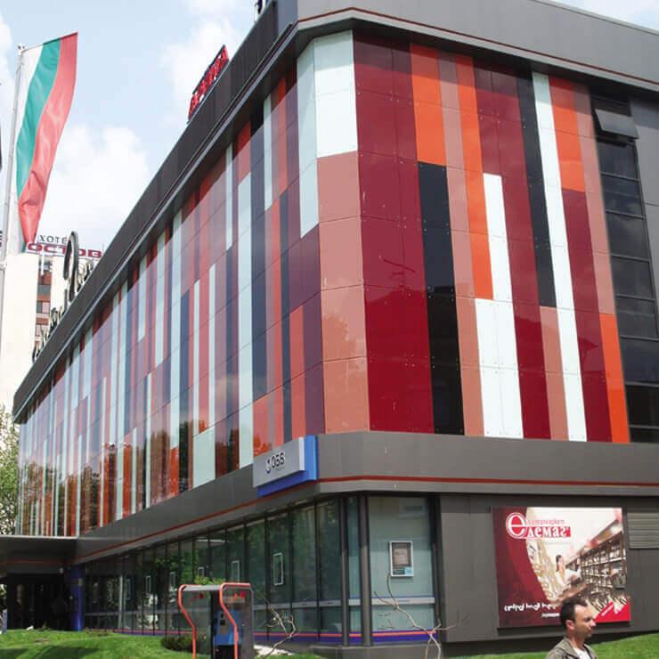 Централна вентилация и климатизация на търговски център Centrall Mall Pleven и банков клон на ОББ - 2